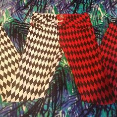 Hot Topic Red and white Jeans Hot Topic Red and White patterned jeans. Size 1. Worn twice Hot Topic Pants Skinny