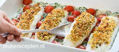 Vis uit de oven met spinazie en tomaatjes met een krokant laagje van… Healthy Gluten Free Recipes, Low Carb Recipes, Healthy Food, Fish Dishes, Main Dishes, Fun Cooking, Fish Recipes, Food Inspiration, Love Food