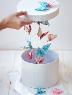 DIY Geldgeschenke Money gift for weddings and other celebrations: flying butterflies in the box Wedd Don D'argent, Wedding Favors, Wedding Gifts, Photo Bookmarks, Ebay S, Easy Diy Gifts, Gifts For Kids, Diy And Crafts, How To Make Money
