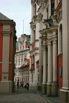 Poznan Poland, widok na Farę od ul. The Beautiful Country, Beautiful Places, Great Places, Places To Go, Visit Poland, Poland Travel, Amazing Buildings, Central Europe, Krakow