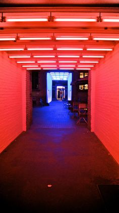 red chromatic rooms