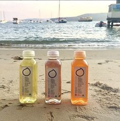 AquaMamma - Healthy pregnancy hydration solution + vitamins, electrolytes drink developed by an Australian obstetrician for pregnant & breastfeeding women. Hydrating Drinks, Electrolyte Drink, First Day Of Summer, Stay Hydrated, Low Sugar, Drinking Water, Healthy Drinks, How To Stay Healthy, Lemonade