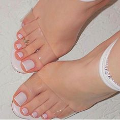 Pedicure Designs Simple Wedding Toes Ideas For 2019 Toe Nail Color, Toe Nail Art, Nail Colors, Nail Nail, Pretty Toe Nails, Cute Toe Nails, Stylish Nails, Classy Nails, Hair And Nails