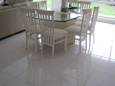 Main floor with polished porcelain