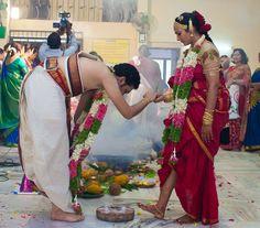 Couple Photoshoot Poses, Saree Photoshoot, South Indian Weddings, South Indian Bride, Madisar Saree, Indian Marriage, Wedding Wishlist, Kerala Bride, Nauvari Saree