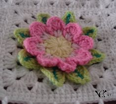 Ravelry: Granny Nenúfar (Waterflower granny) pattern by Bigú Osuna - free pattern - http://www.ravelry.com/patterns/library/granny-nenufar-waterflower-granny