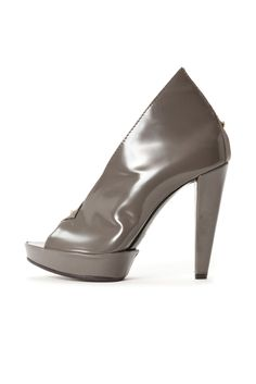 Victor & Rolf grey patent leather shoes