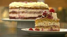 Daimlagkage med hindbær Danish Royalty, Danish Food, Tiramisu, Sweet Tooth, Deserts, Pie, Cupcakes, Sweets, Snacks