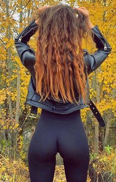 Mädchen In Leggings, Jean Sexy, Looks Pinterest, Tumbrl Girls, Sexy Jeans, Girls Jeans, Mannequins, Sexy Outfits, Female Fitness
