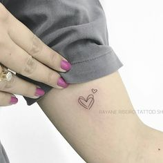 Implausible Every drawn by a distinct particular person Best Picture For mother daughter Tattoos For Your Taste You are looking for something, and it is. Tattoos For Kids, Tattoos For Daughters, Little Tattoos, Mini Tattoos, Tattoos For Women Small, Trendy Tattoos, Love Tattoos, Body Art Tattoos, Tattoo Kids