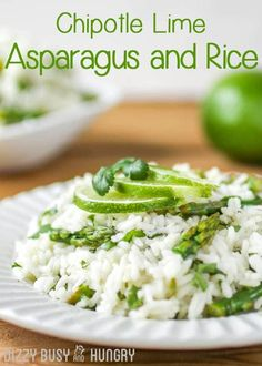 Housewife Eclectic: Chipotle Lime Asparagus is a perfect side dish for those busy evening where you need a quick and easy meal. You will love this tender asparagus cooked in a butter-lime sauce and tossed with rice and cilantro. Easy Rice Recipes, Side Dish Recipes, Dinner Recipes, Delicious Recipes, Savoury Recipes, Healthy Recipes, Delicious Dishes, Lunch Recipes, Free Recipes