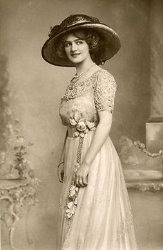 LA IMAGEN DEL SIGLO.: Divas de la Belle époque. LILY ELSIE III