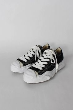 Jack Purcell, Weights For Women, Onitsuka Tiger, Fresh Kicks, Buy Shop, Top Stitching, Summer Shoes, Hypebeast, Converse
