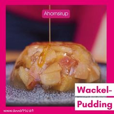 Heute gibt es Wackelpudding! Aber in einer gesunden Variante. Wackelpudding selber machen ist super einfach und kann auch gesund sein. #Wackelpudding #WackelpuddingSelberMachen #WackeldpuddingKids #WackelpuddingRezept Baked Potato, Potatoes, Baking, Videos, Ethnic Recipes, Desserts, Food, Jello, Super Simple