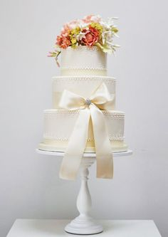 Spring Flowers wedding cake. LOVE THE CAKE! Simple Yet Stunning!
