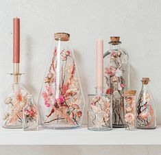 Jar Crafts, Diy And Crafts, Flower Decorations, Table Decorations, Flower Factory, Grass Decor, Table Flowers, Modern Colors, Dried Flowers