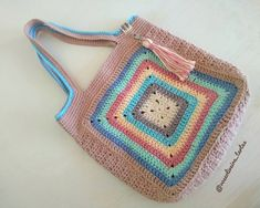 My Bags, Purses And Bags, Crochet Bikini, Knit Crochet, Crochet Purses, Crochet Bags, Princesas Disney, Hippie Chic, Crochet Patterns