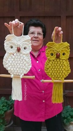 Best 12 Projects to Make Your Walls Happy – SkillOfKing. Owl Crochet Patterns, Crochet Owls, Owl Patterns, Macrame Patterns, Crochet Home, Crochet Animals, Diy Crochet, Crochet Doilies, Crochet Stitches