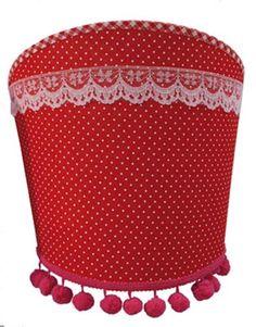Wandlamp Lady Bell van Coming Kids in rood. Een mooie decoratie voor de babykamer, peuterkamer, kleuterkamer of kinderkamer.