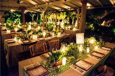 Casamento na praia em St. Barth - decoração tropical em verde com folhagens