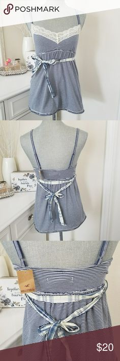 NWT HOLLISTER TOP Blue and white sleeveless top size medium from Hollister Hollister Tops