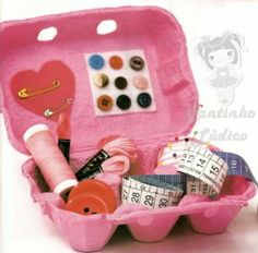 Utilize a caixa de ovo para fazer um porta costura!