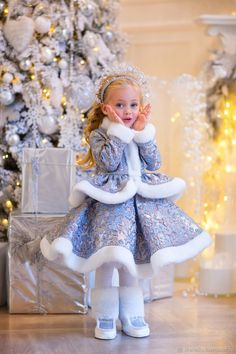 Kids Clothes Sale, Sewing Kids Clothes, Fancy Costumes, Tutu Costumes, Beautiful Little Girls, Beautiful Children, Chic Outfits, Girl Outfits, Angel Outfit
