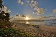 Por do sol na Costa do Sauípe, Bahia - Brasil.