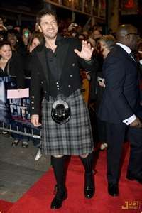 Gerard Butler in a kilt. Kilt on a man-hot! Gerard Butler, Scottish Man, Scottish Actors, Scottish Accent, Tartan, Plaid, Man Candy Monday, Men In Kilts, Clothing Items