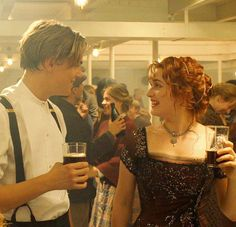 there longdistance knowing relationship that makes them feel like theve known them all there life when they just met Titanic Leonardo Dicaprio, Leonardo Dicaprio Kate Winslet, Young Leonardo Dicaprio, Film Titanic, Titanic Photos, Rms Titanic, Iconic Movies, Good Movies, Leonardo Dicapro