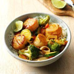 Thai Scallop Saute Stir Fry Recipes, Cooking Recipes, Cooking Blogs, Keto Recipes, Seafood Stir Fry, Crazy Kitchen, Test Kitchen, Fried Scallops, Asian Stir Fry