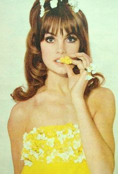 Jean Shrimpton for Elle, 1964.
