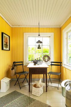 Yellow Cottage, Modern Colors, Scandinavian Interior, Old Houses, My Dream Home, Sweet Home, New Homes, Interior Design, Table
