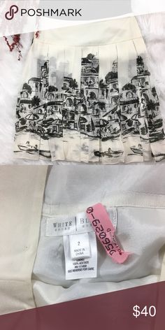 White House Black Market City Scape Skirt White House Black Market City Scape Skirt in like new condition! Worn once and then dry cleaned. Definitely one of a kind! White House Black Market Skirts