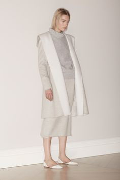 Brock Collection - Fall 2015 Ready-to-Wear - Look 1 of 22