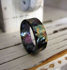 Wedding Band Ideas for Men: Oxidized Gold Silver Band