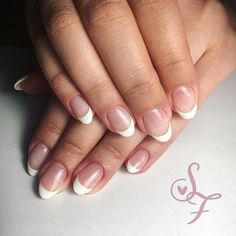 Classic French manicure and oval shape 👑 Pink French Manicure, Classic French Manicure, French Manicure Designs, Manicure Colors, Manicure Tips, Manicures, American Manicure, Shellac, Short Nails
