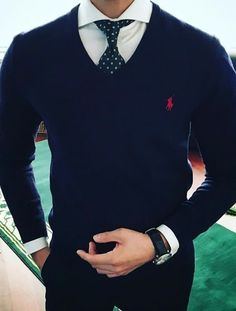 Tag someone you think would look good in this outfit 😎👌🏽 Mens Fashion Suits, Fashion Outfits, Moda Formal, Formal Men Outfit, Style Masculin, Designer Suits For Men, Men With Street Style, Herren Outfit, Stylish Mens Outfits
