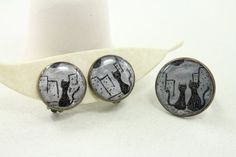 Black cat on the earrings clip and ring Cats in the by eteniren, $23.60