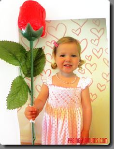 Valentines Day clever photo card rose / candy holder idea from Paging Fun Mums
