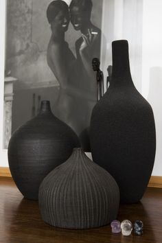 black vases decorative collectibles