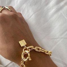 Dainty Jewelry, Cute Jewelry, Luxury Jewelry, Gold Jewelry, Handmade Jewelry, Gold Accessories, Fashion Accessories, Fashion Jewelry, Magazine Vogue