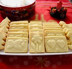 Marzipan Shortbread Cookies - shortbread made with marzipan!