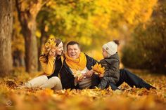СЕМЕЙНАЯ ФОТОСЕССИЯ НА ПРИРОДЕ Family Photos With Baby, Fall Family Pictures, Fall Photos, Fall Family Portraits, Family Posing, Autumn Photography, Family Photography, Photo Bb, Autumn Instagram