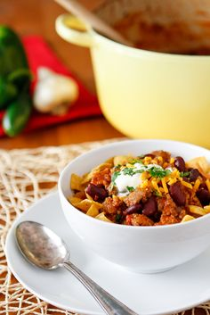 Favorite Chili Recipe -- this easy chili recipe can be made in your slow cooker or on the stovetop for a delicious and hearty winter meal!