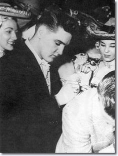 February 07, 1959 - Elvis attended the Holiday on Ice Show in Frankfurt. He had become friendly with a number of the skaters and paid them a visit backstage. 7