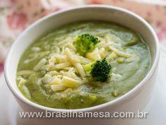 //  INGREDIENTES  ½ kg de brócolis picado; 3 batatas em cubos; 2 colheres de sopa de azeite de oliva; 1 cebola picada; 3 dentes de alho picados;