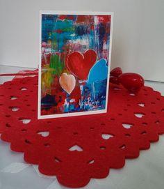 """Format de la carte : 4"""" x 6"""" (10,16 x 15,24 cm), sur carton de type Cool white avec enveloppe blanche.  L'image représente une photo d'une toile réalisée par l'artiste Lucy Patoine. Inscrivez votre propre message. Pour vous inspirer, nous vous invitons à télécharger des textes sur le thème de l'amour pour la St-Valentin. Vous retrouvez """"Les carnets de Madame Paraci"""" sur notre boutique en ligne www.conceptionidecrea dans la section """"St-Valentin"""" Inspirer, Madame, Kids Rugs, Boutique, Etsy, Home Decor, Pretty Cards, Notebooks, Texts"""