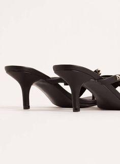 Bow Over The Edge Studded Thong Heels BLACK NUDE - GoJane.com