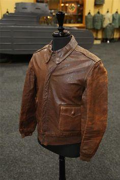 WW2 Real Leather A2 Pilot Aviator Flying Jacket Mens A-2 Flight Bomber Jacket